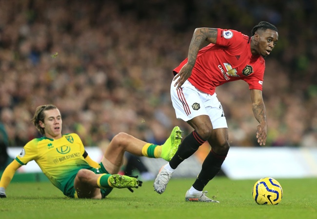 Man Utd fans laud Aaron Wan-Bissaka after defensive masterclass against Norwich - Bóng Đá
