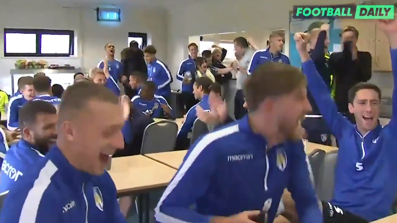 Colchester United players react to drawing Manchester United in the Carabao Cup quarter-final - Bóng Đá