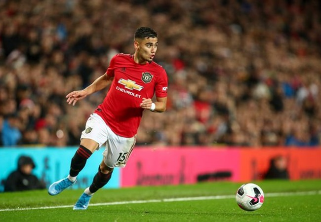Manchester United have two positions they still need to solve - Bóng Đá
