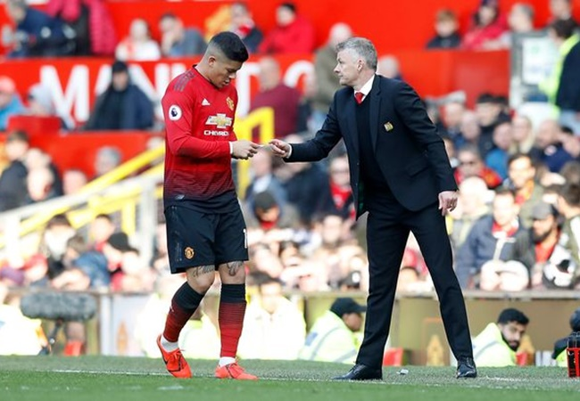 Manchester United 'will stop Marcos Rojo leaving the club in January' - Bóng Đá