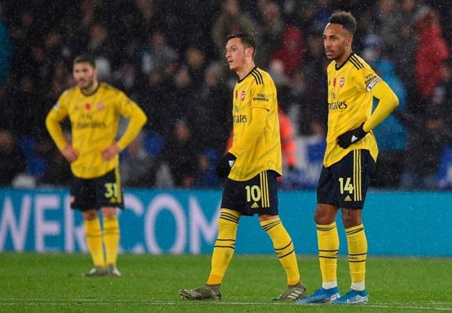 Arsenal bị 'nhấn chìm' dễ dàng ra sao tại sân King Power? - Bóng Đá