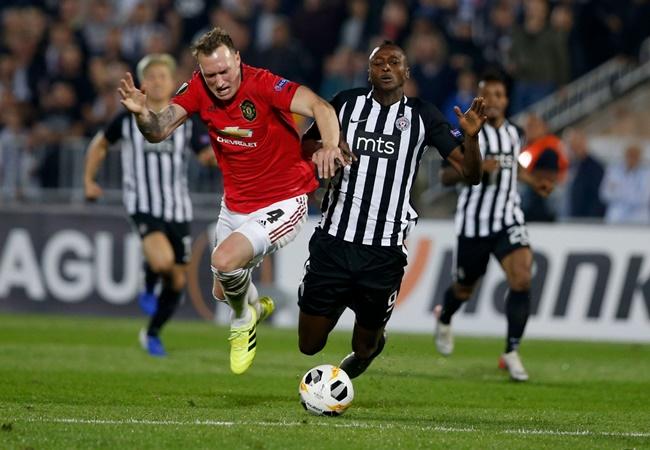 4 trung vệ Man Utd, đâu mới là đối tác hoàn hảo của Maguire? - Bóng Đá