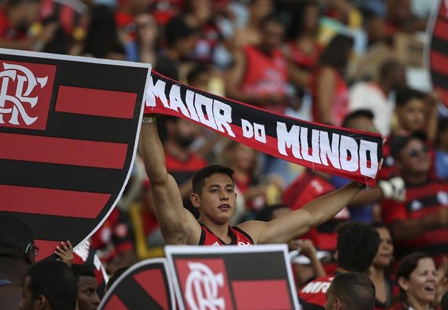 Man Utd và 7 CLB sẵn sàng trải thảm đỏ mời chào 'King Zlatan' - Bóng Đá