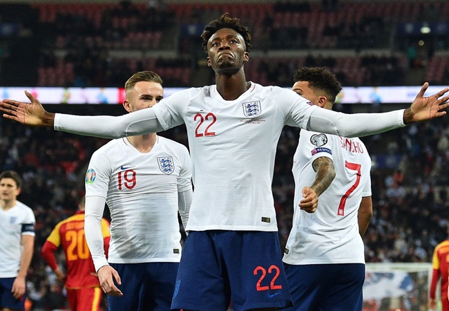 Didier Drogba sends class message to Tammy Abraham after maiden England goal - Bóng Đá