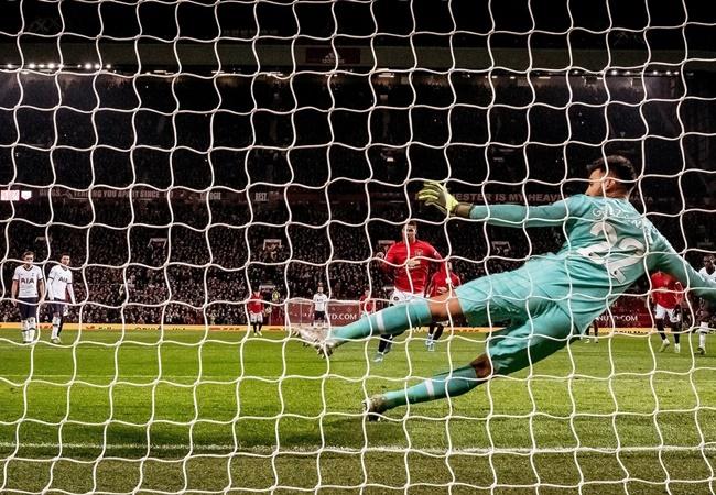 'Những gì Mourinho nói trong giờ nghỉ đều bị ném ra ngoài cửa sổ' - Bóng Đá