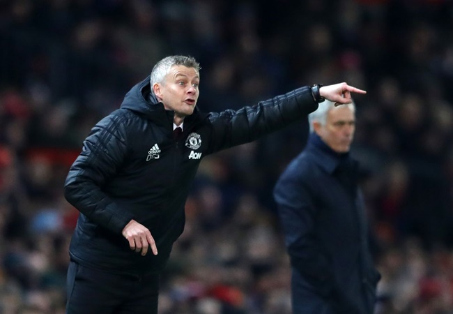 Peter Schmeichel doesn't think the pressure will be off Ole Gunnar Solskjaer for long despite Manchester United beating Tottenham - Bóng Đá