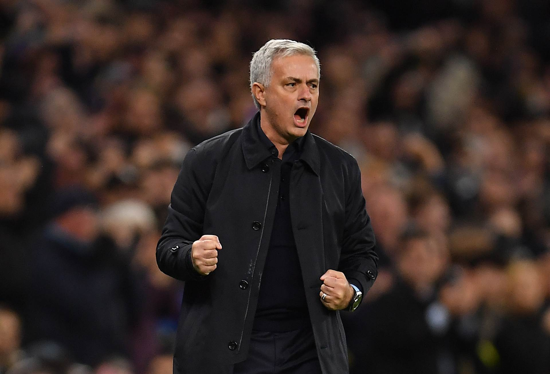Roy Keane brutally trolls Jose Mourinho's Tottenham after Man Utd stun Man City - Bóng Đá