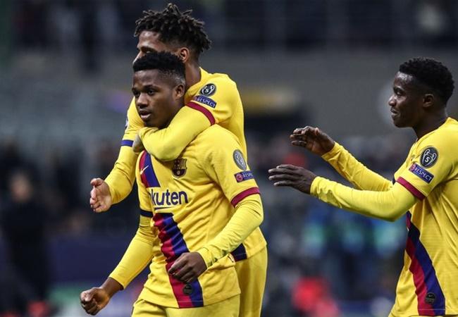 Thần đồng Barca ghi danh vào sách sử Champions League - Bóng Đá