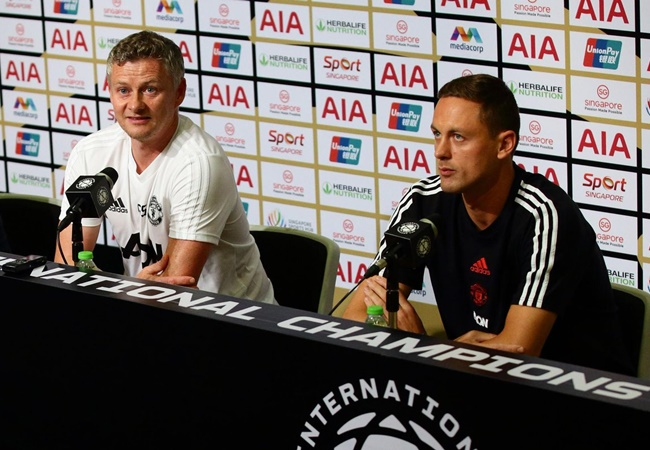 Nemanja Matic is fit and will be involved against AZ Alkmaar - Bóng Đá