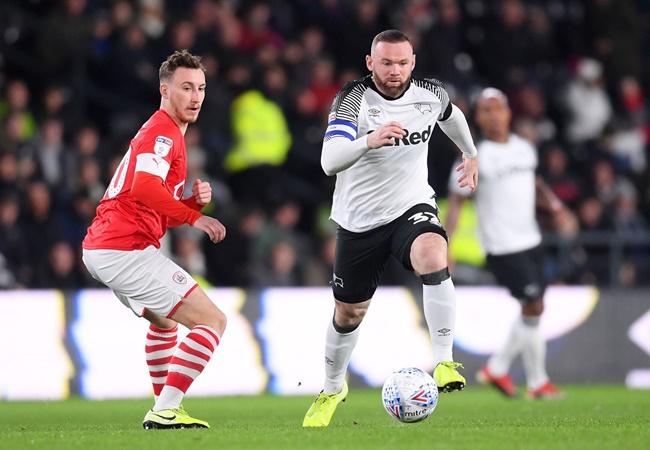 Fan Man Utd reach Wayne Rooney's debut at Derby - Bóng Đá