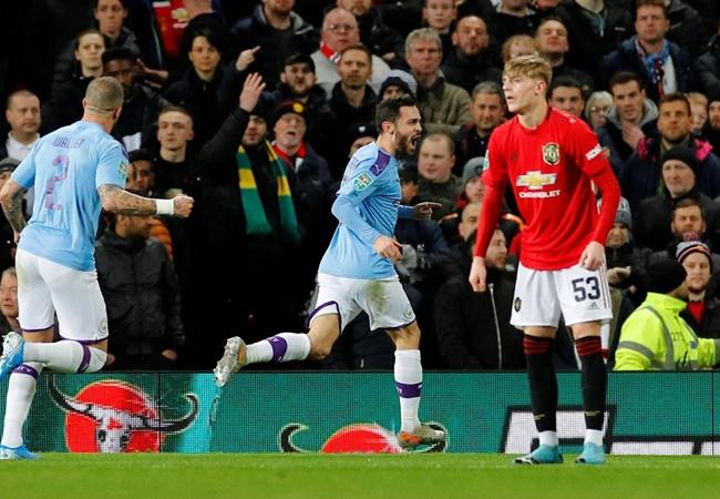'Không cầu thủ MU nào áp sát anh ta' - Bóng Đá