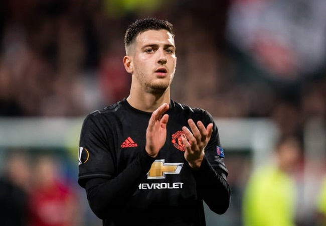 "Ole: ""Will United sign a replacement for Young? - Bóng Đá"