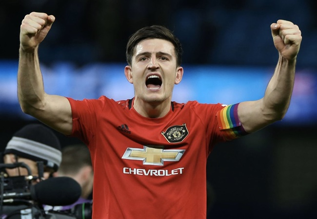 Gary Neville sends warning to new Manchester United captain Harry Maguire - Bóng Đá