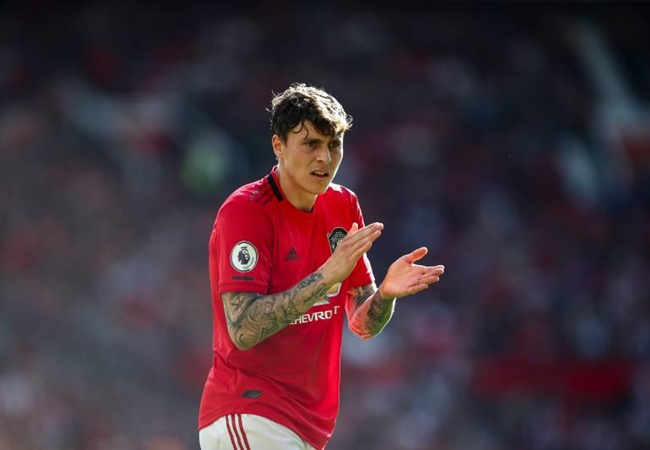 Victor Lindelof's illness is another worry for United ahead of facing Burnley - Bóng Đá