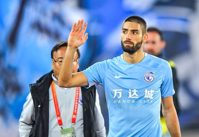 Crystal Palace are in talks over a deal to loan Belgium winger Yannick Carrasco from Chinese Super League side Dalian Yifang. - Bóng Đá
