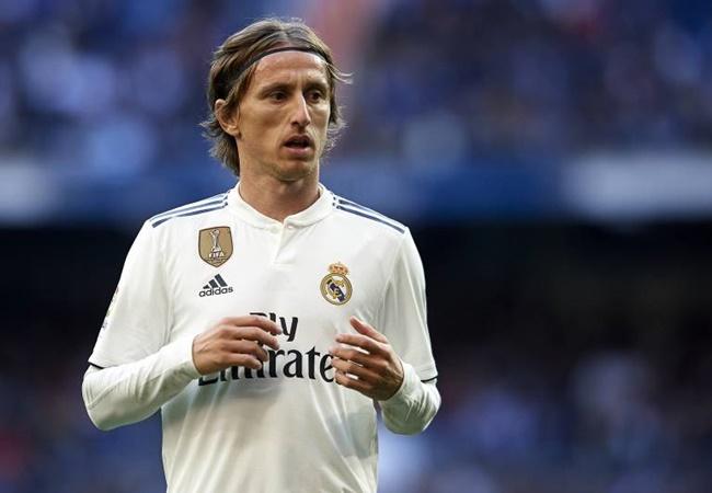 Đội hình 'free' cực chất vào Hè 2020: 'Công thần' Real; 4 sao Ligue 1 - Bóng Đá