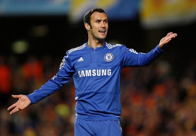 Đội hình 'môn đệ' của Jose Mourinho siêu chất: 3 tuyến 'quái vật' - Bóng Đá