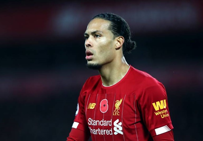 Liverpool 'ready to offer Virgil van Dijk new five-year deal worth £50MILLION' as club's owners view securing the Dutch defender's future as a 'priority' - Bóng Đá