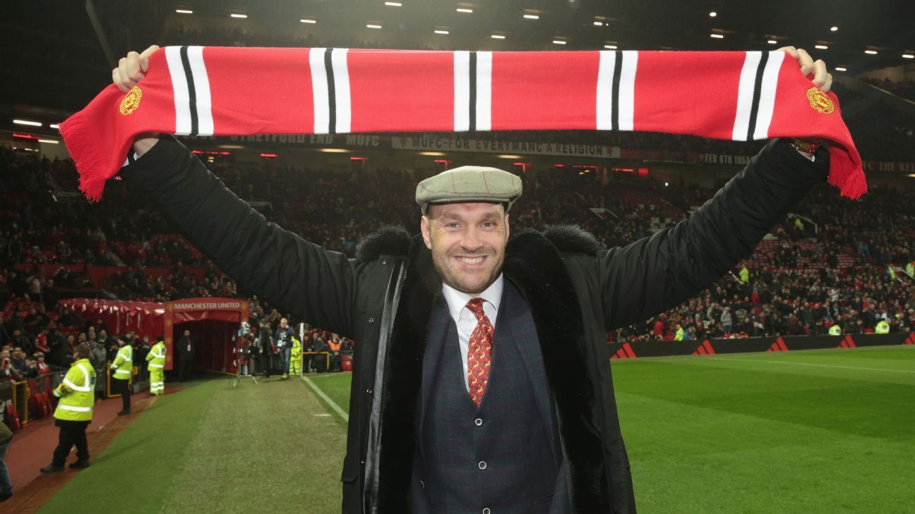 Ole Gunnar Solskjaer invites Tyson Fury to give speech to Manchester United squad - Bóng Đá
