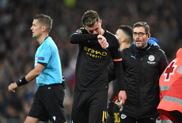 Aymeric Laporte fights back tears after being forced off during Manchester City's Champions League clash against Real Madrid - Bóng Đá