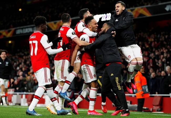 'Đại gia' Anh tại cúp châu Âu tuần này: Manchester mở hội; London khóc hận - Bóng Đá