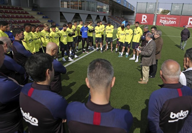 Barcelona players reject offer to reduce wages amid coronavirus outbreak - sources - Bóng Đá