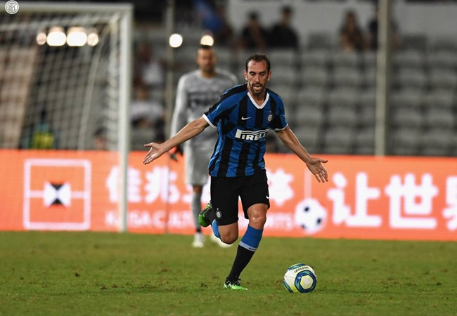 Inter Milan's Diego Godin: Health crisis in Italy became 'untenable' - Bóng Đá
