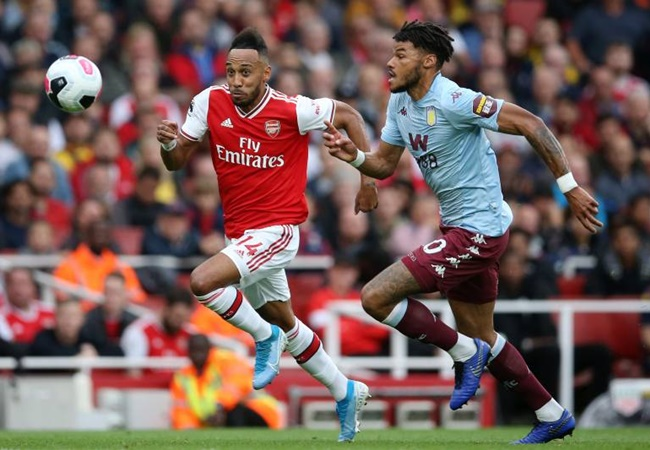 Pierre-Emerick Aubameyang and Alexandre Lacazette will leave Arsenal this summer, predicts Kevin Campbell - Bóng Đá