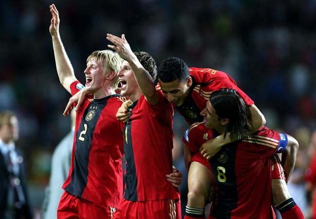 Từ Neuer đến Ozil: Đội hình Đức vô địch U21 châu Âu 2009 giờ ra sao? - Bóng Đá