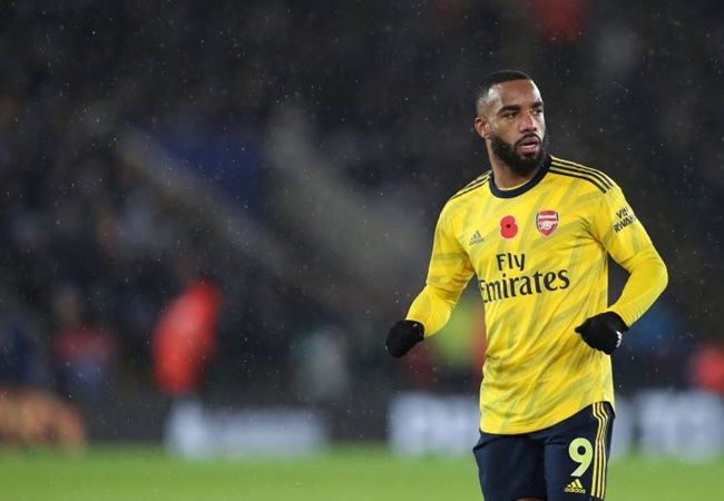 Bacary Sagna defends 'amazing' Alexandre Lacazette after criticism from Arsenal fans - Bóng Đá