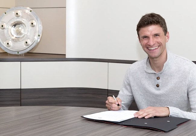 BREAKING: Thomas Muller signs a contract extension with Bayern Munich until 2023 - Bóng Đá