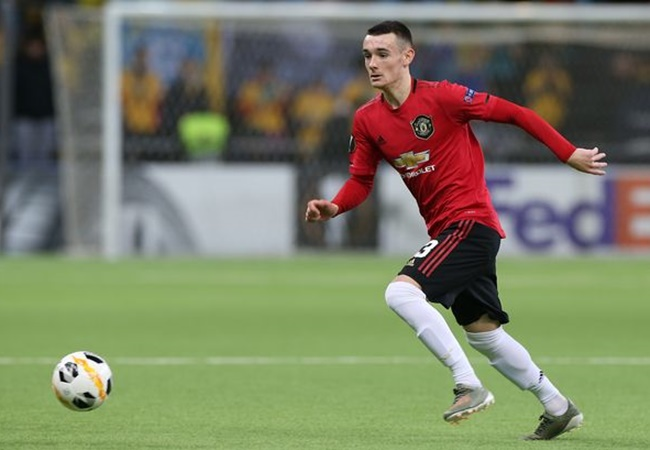 'My kind of player' – Ryan Giggs hails Manchester United academy star Dylan Levitt - Bóng Đá
