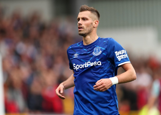Morgan Schneiderlin has completed a transfer to Nice for an undisclosed fee. - Bóng Đá