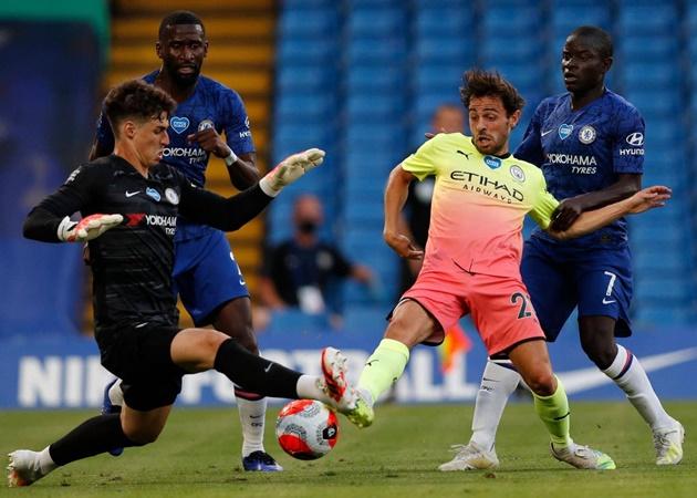 Bên kia chiến tuyến, CLB Tây London cũng chơi đầy quyết tâm vì mục tiêu bảo vệ một vị trí trong tốp bốn.