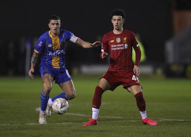 Jurgen Klopp plans to replace Adam Lallana with Curtis Jones at Liverpool - Bóng Đá