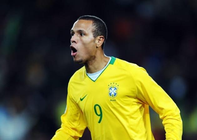 Sau thời của Ronaldo de Lima, các số 9 của Brazil thi đấu ra sao? - Bóng Đá