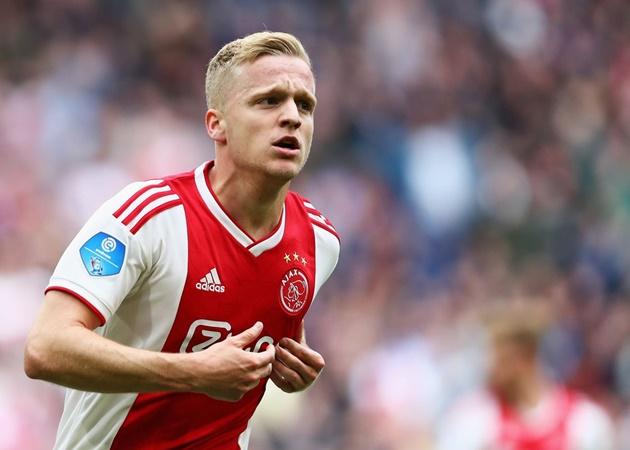 Nc247info tổng hợp: Van de Beek đã nói về khả năng quay lại Ajax
