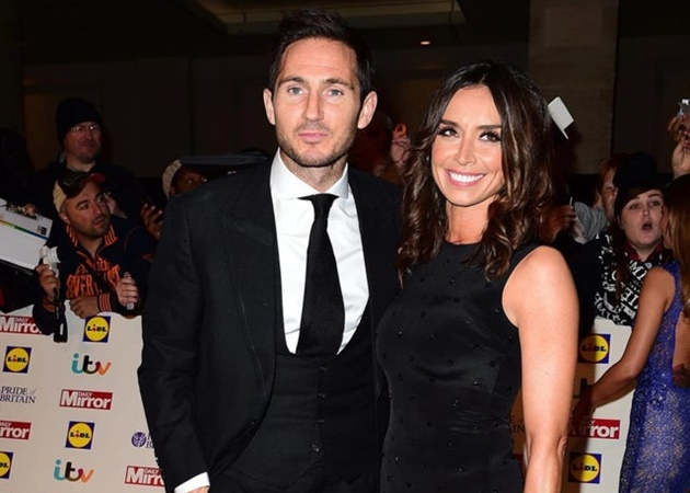 Frank Lampard has revealed his TV star wife helps him to manage Chelsea. - Bóng Đá