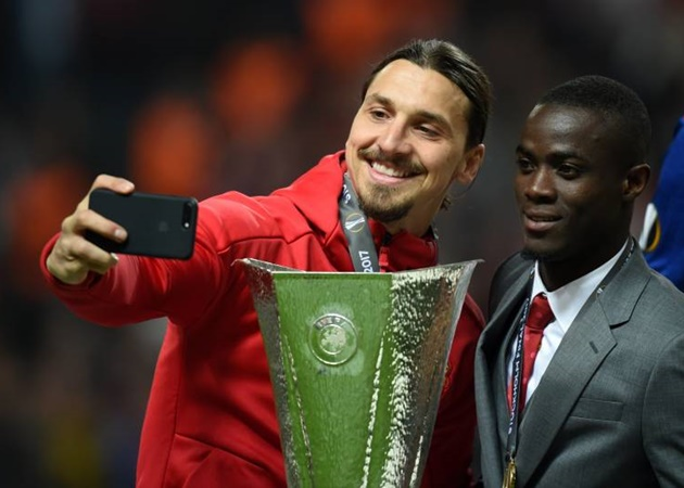 Từ Thiago đến Zlatan: 10 ngôi sao 'lên đỉnh' sau khi chia tay Barca - Bóng Đá