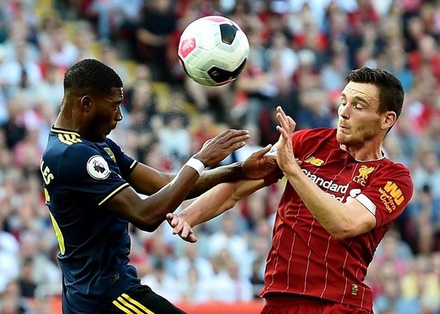 10. Trong 6 trận gần nhất giáp mặt với các CLB là đương kim vô địch, Arsenal không thể thắng. Thế nhưng, Pháo thủ đã thắng cả 3 trận gần nhất gặp Liverpool khi The Kop là nhà đương kim vô địch.