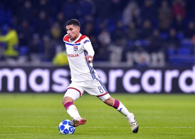 Pierre-Emerick Aubameyang tells Houssem Aouar to join Arsenal - Bóng Đá