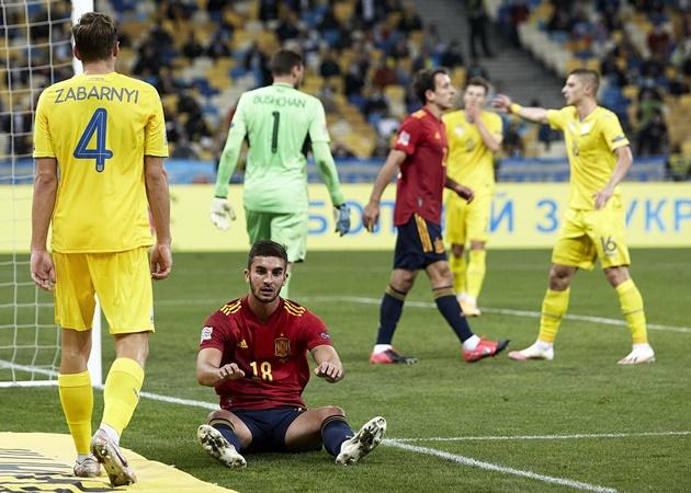 Hàng công mờ nhạt, Tây Ban Nha thua sốc Ukraine ở Nations League - Bóng Đá