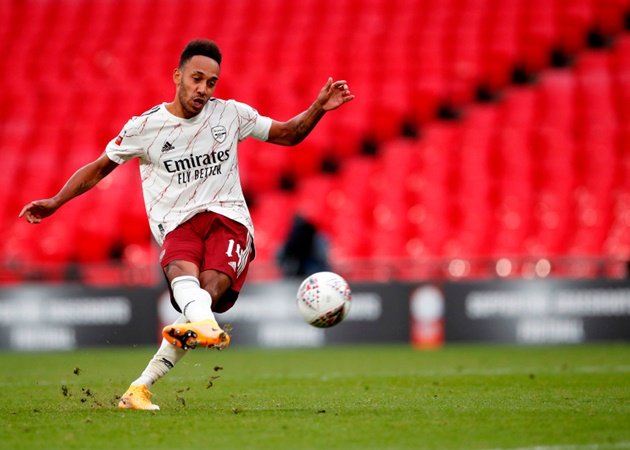 Pierre-Emerick Aubameyang criticised for