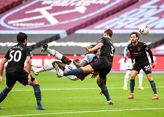 Michail Antonio and bicycle kick vs Man City like Wayne Rooney - Bóng Đá