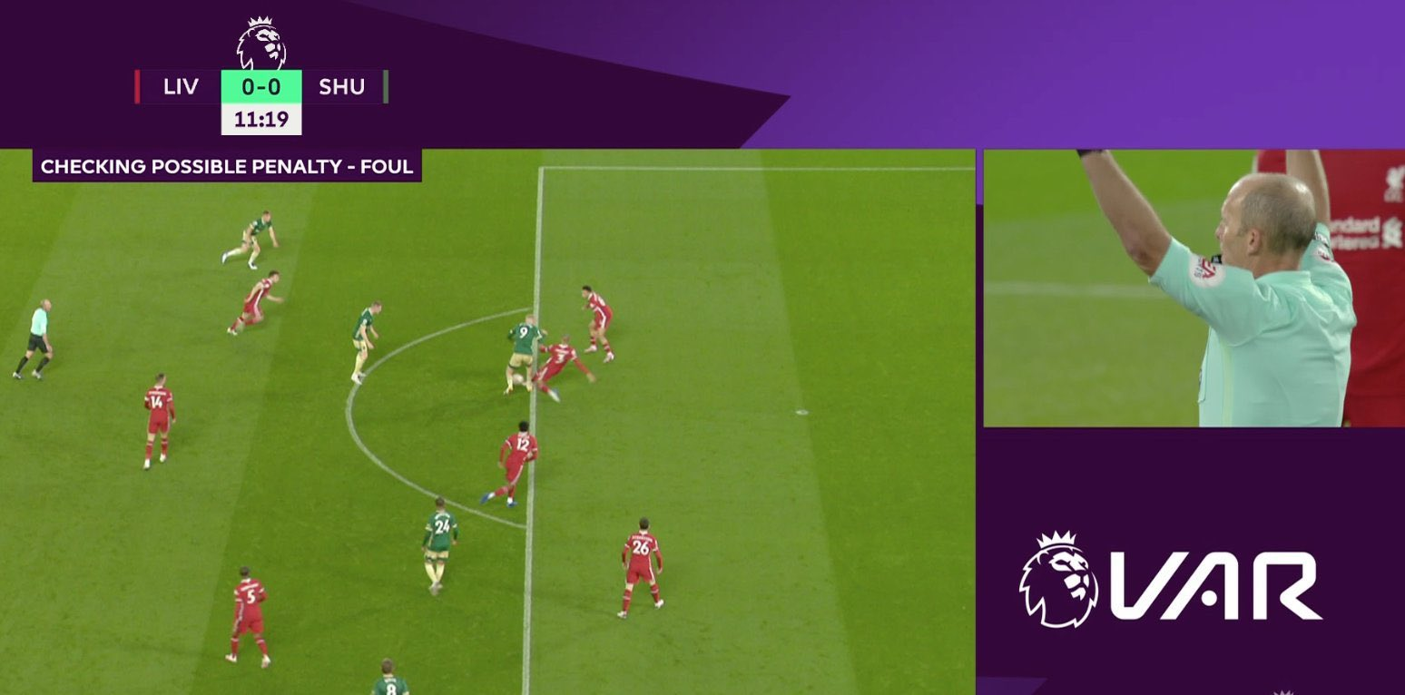 VAR's mistake in the game Liverpool 2-1 Sheffield - Bóng Đá