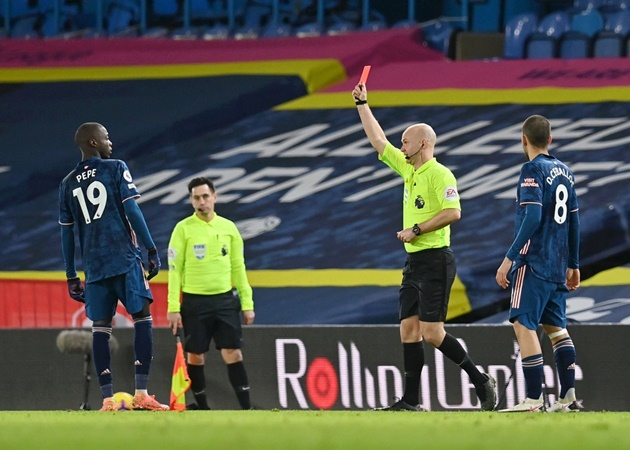 He let the team down' – Mikel Arteta slams Nicolas Pepe after red card in Arsenal's draw with Leeds - Bóng Đá
