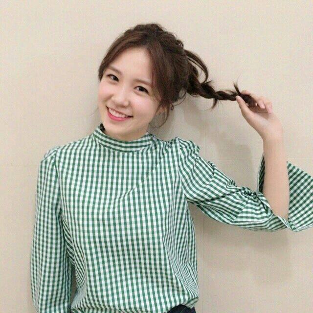 Nữ MC Hàn Quốc từng 'gây thương nhớ' tại World Cup 2014 giờ ra sao? - Bóng Đá