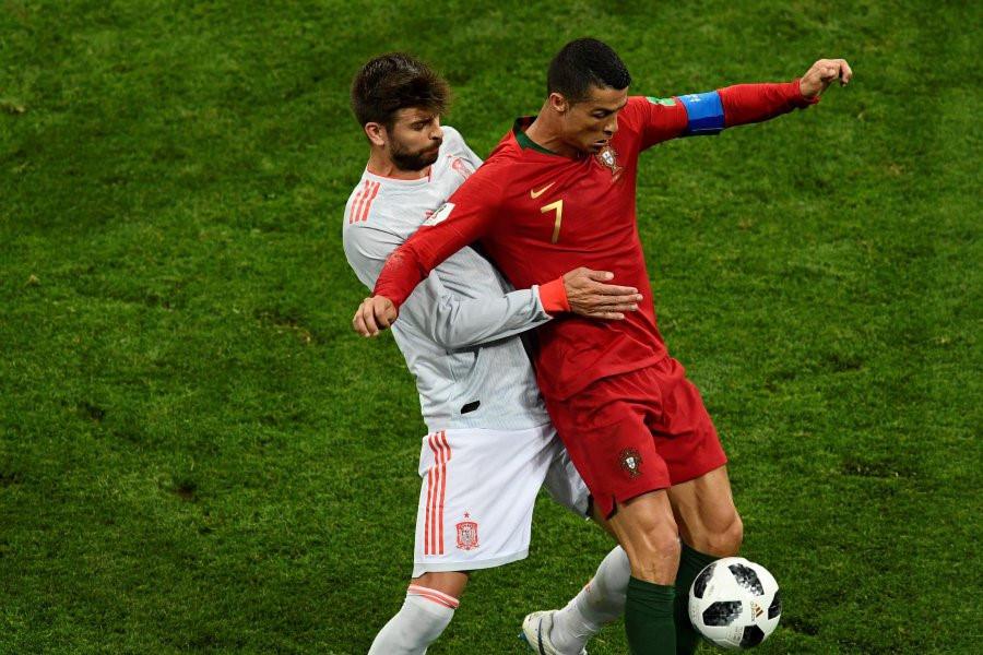 Những tình huống Bồ Đào Nha hưởng lợi từ quyết định của trọng tài - Bóng Đá