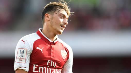 Đâu là lý do thực sự khiến Mesut Ozil bị xa lánh? - Bóng Đá