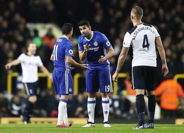Costa lên tiếng về 'lục đục' với Pedro ngay trên sân - Bóng Đá